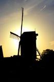 Moulin à vent silhouetté Image libre de droits
