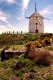 Moulin à vent sur une colline en Espagne Teruel, Photos libres de droits