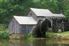 Moulin de Mabry sur Ridge Parkway bleu, VA Photographie stock