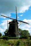 Moulin de vent un jour d'étés Image stock
