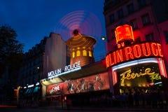 Moulin Rouge Kabarett nachts Lizenzfreies Stockbild
