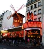 Moulin rouge, Montmartre, Paris, Frankrike Arkivfoto