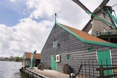 Moulins à vent chez Zaanse Schans Image libre de droits
