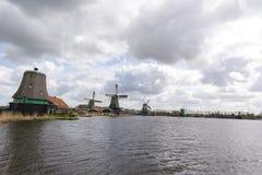 Moulins à vent chez Zaanse Schans Photo stock