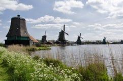 Moulins à vent chez Zaanse Schans, Amsterdam, Hollande Image stock