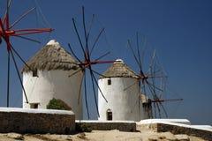 Moulins à vent d'île de Mykonos Images libres de droits