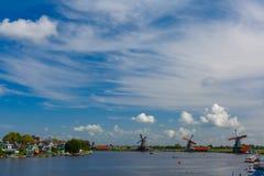 Moulins à vent dans Zaanse Schans, Hollande, Pays-Bas Images stock