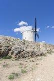 moulins à vent de Consuegra à Toledo, Espagne Ils ont servi à rectifier le GR Photos stock