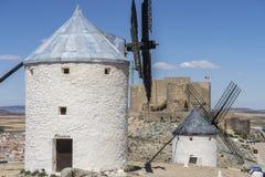 moulins à vent de Consuegra à Toledo, Espagne Ils ont servi à rectifier le GR Photographie stock libre de droits