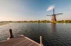 Moulins à vent de Néerlandais d'historiens Images stock