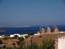 Moulins à vent sur l'île grecque Patmos Photos libres de droits
