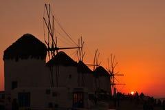 Moulins à vent sur l'île Mykonos, Grèce photos stock