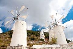 Moulins à vent sur le plateau de Lassithi, Crète Grèce image stock