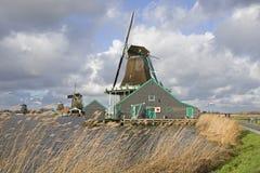 Moulins à vent sur le Zaanse Schans Photos stock
