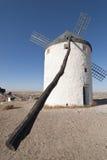 Moulins à vent traditionnels en Espagne Photo libre de droits