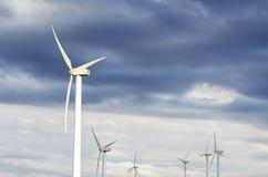 Moulins de vent de turbine de puissance Images libres de droits