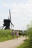 Moulins traditionnels aux Pays-Bas, dans Kinderdijk Image stock
