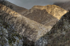 Mounatnous Landschaft lizenzfreie stockfotografie