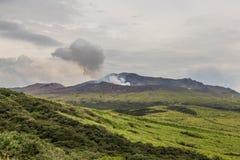 Mount Aso caldera, den aktiva vulkan, i mitt av Kumamoto, Ja arkivbilder