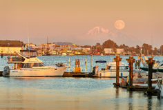 Mount Baker Moon Rise Royalty Free Stock Photos