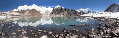 Mount Cho Oyu mirroring in lake - Cho Oyu base camp Stock Photography