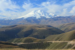 Mount Elbrus. Северное Кавказ стоковое изображение rf