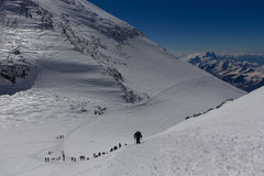 2014 Mount Elbrus, Russia: climbing to the top with Stock Photography
