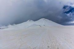 2014 07 Mount Elbrus, Russia: Panoramic view of Elbrus mountain Stock Photography