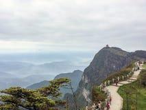 Mount Emei i det sichuan landskapet, Kina royaltyfri foto