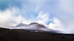 Mount Etna med lång exponering Arkivbilder