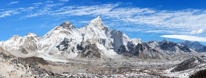 Mount Everest with beautiful sky and Khumbu Glacier. Panoramic view of himalayas mountains, Mount Everest with beautiful sky and Khumbu Glacier - way to Everest Stock Photo