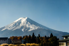 Mount Fuji with blue sky in Japan Royalty Free Stock Photos