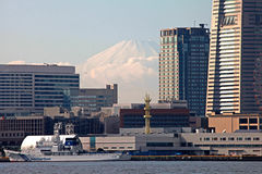 MOUNT FUJI VIEWED FROM YOKOHAMA, JAPAN Stock Images