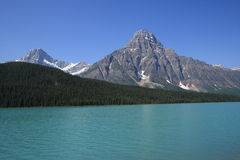 Mount Howse and Waterfowl Lake Royalty Free Stock Photos