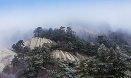 Mount Huang with Fog Royalty Free Stock Images