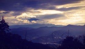 Mount Kinabalu во время рано утром Стоковые Фотографии RF