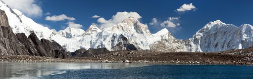 Free Mount Makalu Mirroring In Lake Royalty Free Stock Photo - 114248285