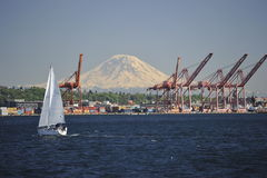 Mount Rainer and the Port of Seattle Royalty Free Stock Images