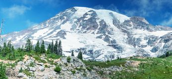 Free Mount Rainier Panorama With Glacier, Trees And Blue Summer Sky Stock Images - 105470824