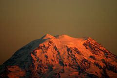 Mount Rainier at Sunset Royalty Free Stock Photos
