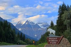 Free Mount Robson Provincial Park, British Columbia, Canada - Mount Robson, The Highest Peak In The Canadian Rocky Mountains Royalty Free Stock Image - 166117776