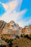 Цвета захода солнца Mount Rushmore Стоковое фото RF