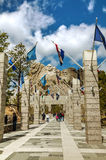 Mount Rushmore monument with tourists near Keystone, SD Royalty Free Stock Images