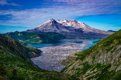 Mount Saint Helens and Spirit Lake filled with logs in the foreg. Spirit Lake and floating logs on the north side of Mount Saint Helens Stock Photo