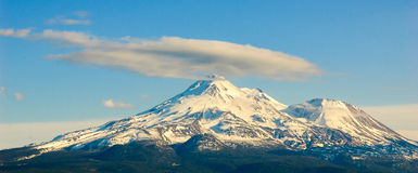 Mount Shasta. Clouds mountain snow climbing Stock Photos