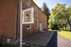 Mount Washington Tavern on National Road in Pennsylvania royalty free stock photos