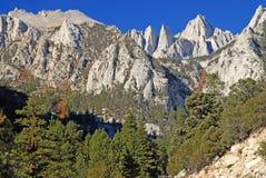 Mount Whitney toppig bergskedja Nevada Mountains, Kalifornien Arkivbild