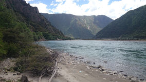 mountai e rio Imagem de Stock Royalty Free