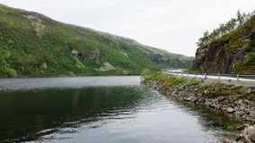 Mountain湖在夏天 免版税图库摄影