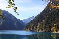 Mountain湖奇迹 图库摄影